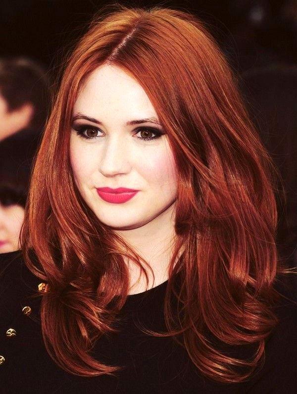 Красивая девушка с рыжими волосами и зелеными глазами, ххх русская ибати с ног