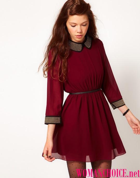 16e5dad2c7 Aké topánky zapadajú do vínovej šaty. Krátke burgundské šaty. Šaty ...